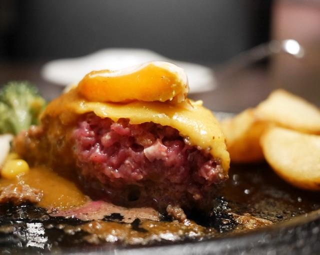 五反田 銭場精肉店 溶岩焼肉 の料理の写真