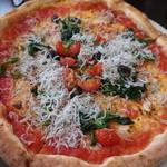 84192365 - シラスと菜の花とオリーブのピザ