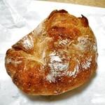 タカナベーカリー - 料理写真:有塩バターのカシューナッツボール