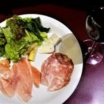 sync - Bセットの前菜、ワイン