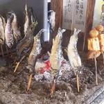 そば 祖谷美人 - でこまわし、あめご塩焼き、鮎の塩焼き