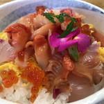 若草寿司 - 料理写真:閖上赤貝丼