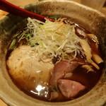 焼きあご塩らー麺 たかはし - あご焼き塩ラーメン ¥800