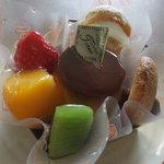 お菓子のてるい - 料理写真:プリンアラモード