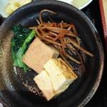 九絵 - きんぴら、玉子焼き、豆腐煮込み