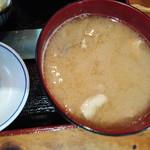 九絵 - 味噌汁