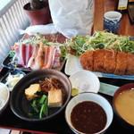 九絵 - 富士桜ポークとんかつ定食刺身付き3000円