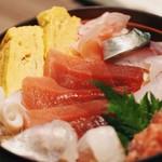 おさかなや 和樽 - 海鮮丼