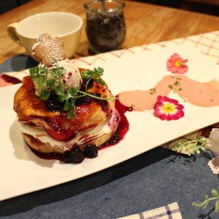 ☆5周年限定メニュー☆桜ベーグルフレンチトースト