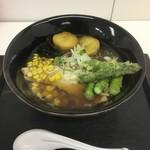 麺匠 空雪 - 料理写真:北の旬菜ラーメン1100円焦がし醤油