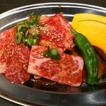 やきにく HYAKURAN - カルビ定食のカルビ