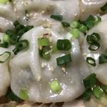 餃子屋さくら - 焼き小籠包 アップ