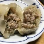 餃子屋さくら - 肉みそマヨチーズ餃子 断面