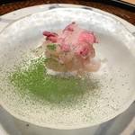84208568 - 天然とらふぐ 塩漬け桜と抹茶(まめたん) 2018.4
