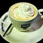 ラドリオ - ウィンナーコーヒー   480円