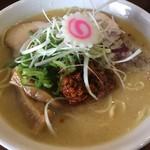 中華そば 味万 - 料理写真:辛肉味噌ラーメン