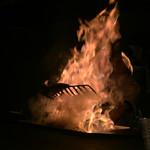 84218613 - 鰻は火柱の中心から少し外して