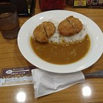 カツカレー専門店 新宿カレー  - 黒豚メンチカレー@610