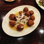 品香軒 - 肉団子