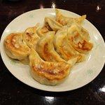 品香軒 - 焼き餃子
