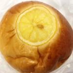 84221462 - レモンあんぱん