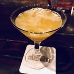 チャーリーブラウン - 杏とオレンジのカクテル