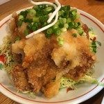 季節料理 三味 - まぐろ竜田揚げおろし掛け:たっぷりのおろしがサッパリ感を増す