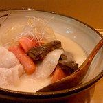 hakatahisago - 京野菜と豚の白味噌仕立て
