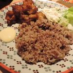 84233924 - 鶏カラ揚げ ケイジャンマヨと玄米