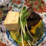 ままごとや 巽 - 主菜:ニシンとカボチャの煮物、卵焼き