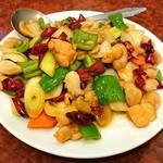 白鳳 - 鶏とイカの辛子炒め