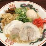 福ヤ - 半熟味付玉子ラーメン ¥830  に、卓上の紅しょうが、もやし、高菜をトッピング後