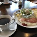 ノース カフェ - 料理写真:私がいただいたのは、ベーコンエッグモーニング540円です(2018.4.16)