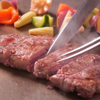 ステーキ食べ放題はディナー限定