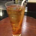 龍 - ランチに付いてくるドリンク。コーヒー、紅茶、オレンジJ、グレープフルーツJから選べます^ ^