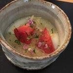 日本料理四四A2 - ジャガイモのすり流し 毛蟹とトマト
