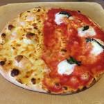 グラッチェガーデンズ - ピザMサイズです。