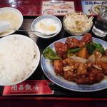 南昌飯店 - 鶏肉とジャガイモの煮込み¥750-