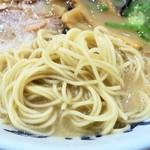 九州筑豊ラーメン山小屋 - 麺(カタメ)