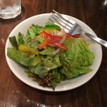 マンハッタングリル - ランチのサラダ