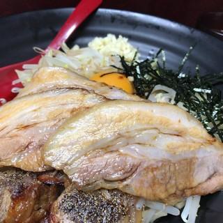 蔦重 - 料理写真:唐丸そば 子豚