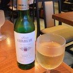 8428729 - 白ワインハーフボトル