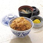 銀座 天國 - 1階 天國特製 かき揚丼3,240円(税込)