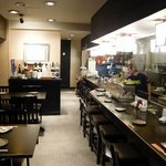さかな・炙り 暖 - 仲間内でゆったりした雰囲気で楽しめ空間です。接待や食通も多く来店しています。