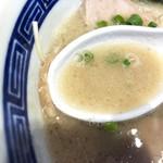 博多豚骨ラーメン田原 - 豚骨スープ