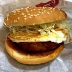 ドムドムハンバーガー - 料理写真:お好み焼きバーガー