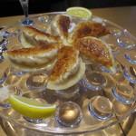カーヴシンデレラ - 塩とレモンで餃子!