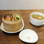 謝謝 - ブリの黑酢炒めランチ1,200円
