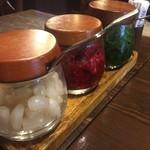 ペルソナ - テーブル調味料達