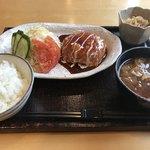 珈琲家 香蔵 - 料理写真:チーズハンバーグセット